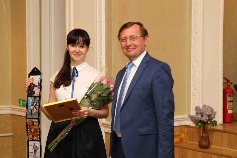министр культуры Свердловской области П. Креков на церемонии награждения