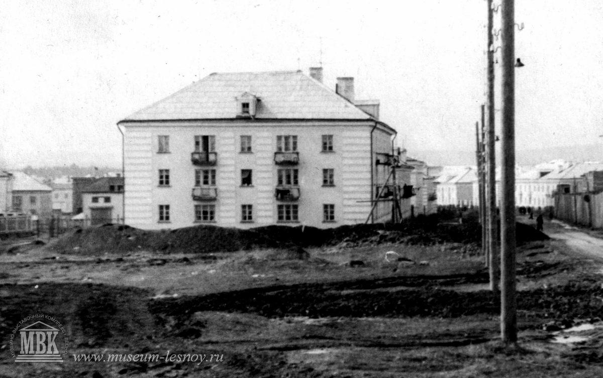 перекресток Ул.Ленина и К.Маркса, 1954г. фото из архива музея
