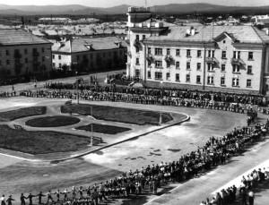 Торжественная линейка 1 сентября 1957 года